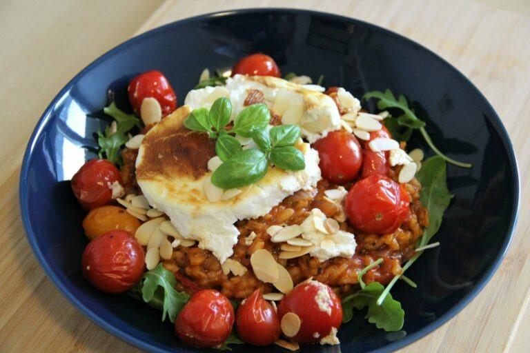 Tomatenrisotto met geitenkaas uit de oven
